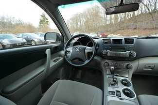 2010 Toyota Highlander Naugatuck, Connecticut 17