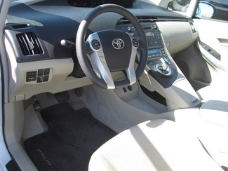 2010 Toyota Prius III Batesville, Mississippi 8