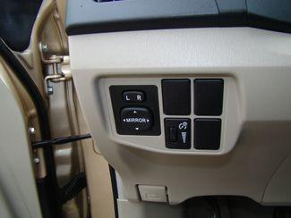 2010 Toyota Prius II Bettendorf, Iowa 33