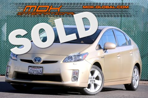 2010 Toyota Prius V - Navigation - Leather - JBL sound in Los Angeles