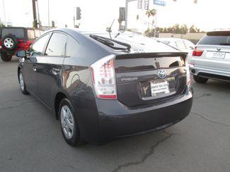 2010 Toyota Prius III Costa Mesa, California 5