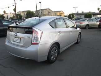 2010 Toyota Prius IV Costa Mesa, California 3