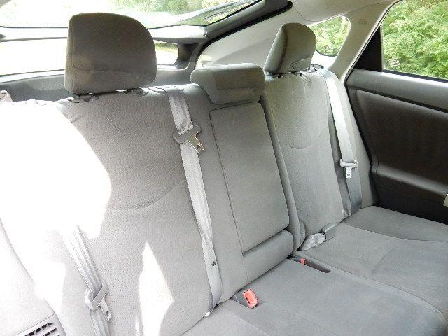 2010 Toyota Prius III Leesburg, Virginia 17