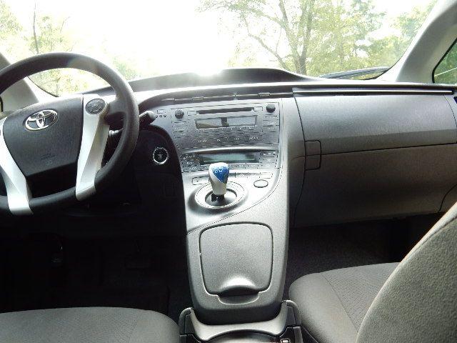 2010 Toyota Prius III Leesburg, Virginia 20