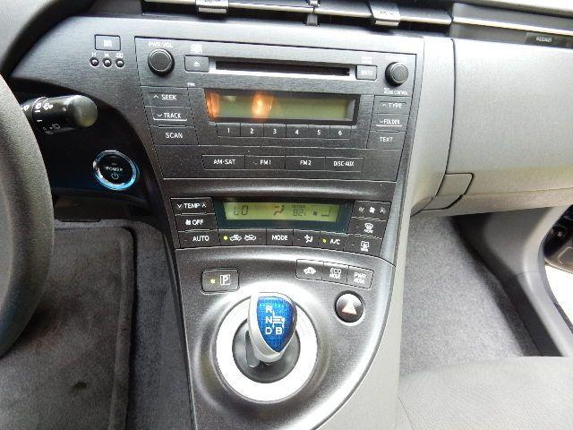 2010 Toyota Prius III Leesburg, Virginia 30