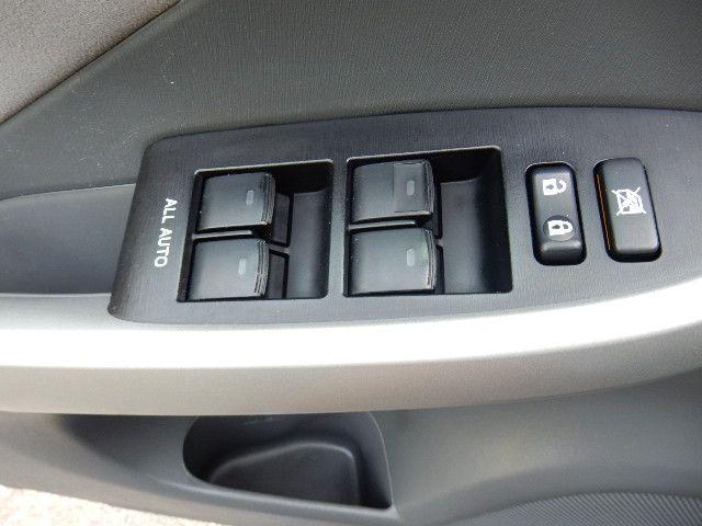 2010 Toyota Prius III Leesburg, Virginia 9