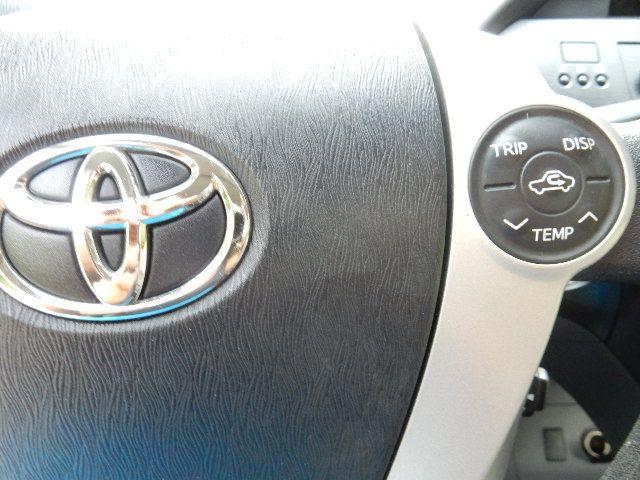2010 Toyota Prius III Leesburg, Virginia 27