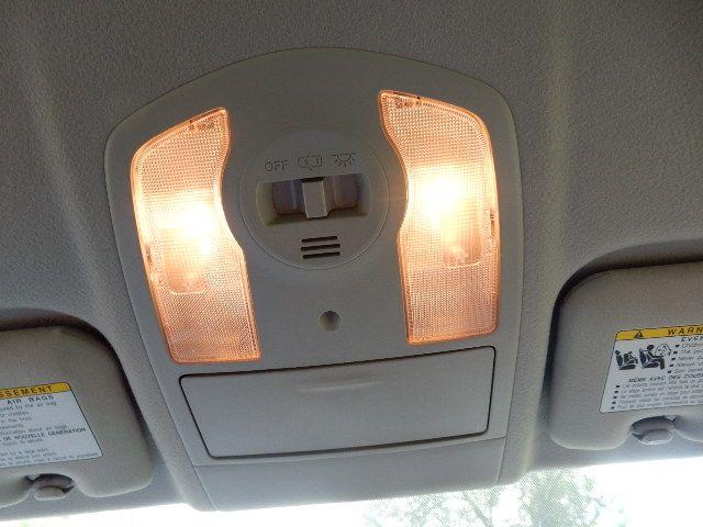 2010 Toyota Prius III Leesburg, Virginia 37
