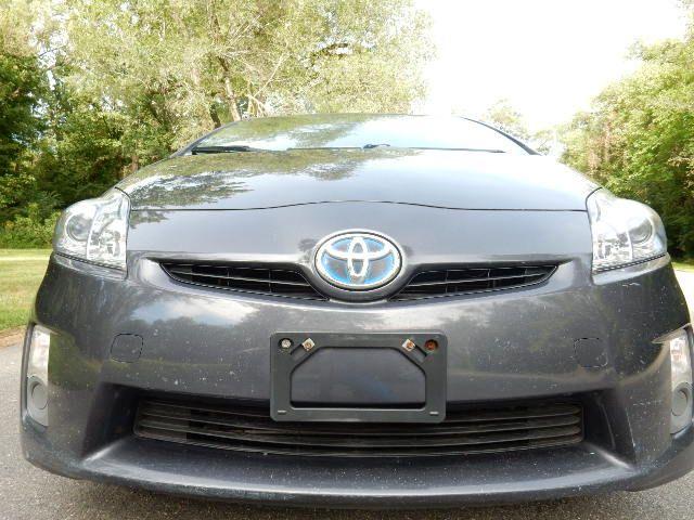 2010 Toyota Prius III Leesburg, Virginia 7