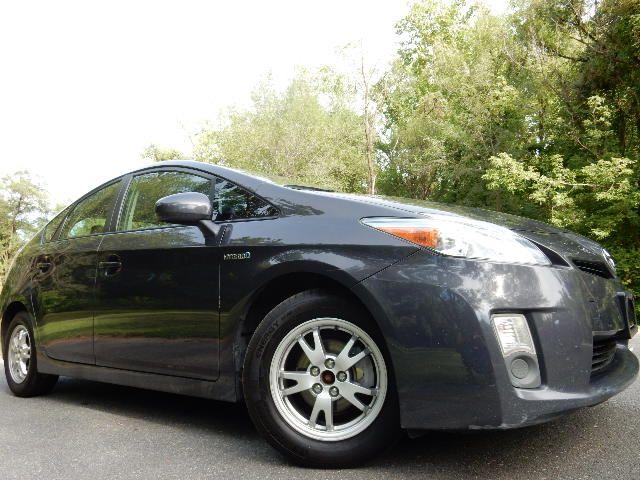 2010 Toyota Prius III Leesburg, Virginia 1