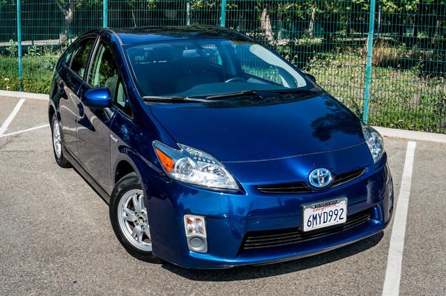 2010 Toyota Prius IV - 31K MILES - NAVI - BACK UP CAMERA - LTHR Reseda, CA 43