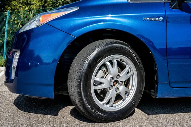 2010 Toyota Prius IV - 31K MILES - NAVI - BACK UP CAMERA - LTHR Reseda, CA 12