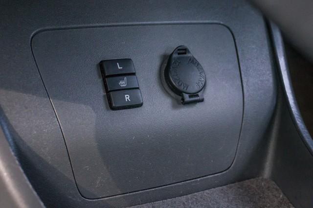 2010 Toyota Prius IV - 31K MILES - NAVI - BACK UP CAMERA - LTHR Reseda, CA 37