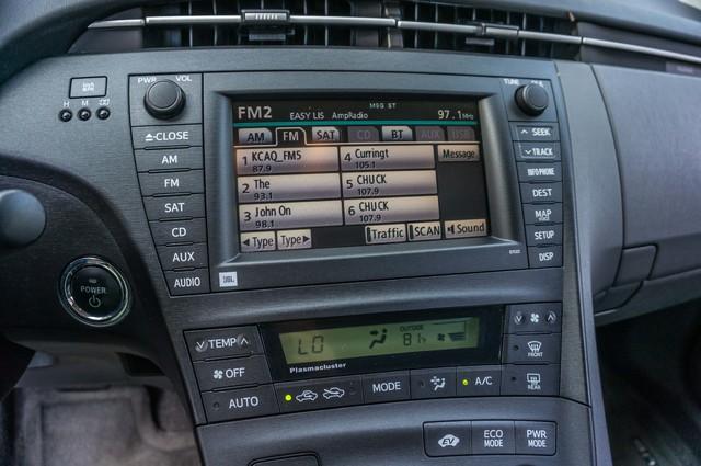 2010 Toyota Prius IV - 31K MILES - NAVI - BACK UP CAMERA - LTHR Reseda, CA 27