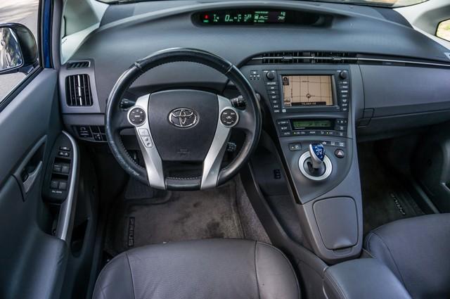 2010 Toyota Prius IV - 31K MILES - NAVI - BACK UP CAMERA - LTHR Reseda, CA 19