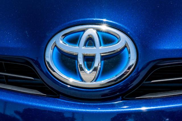 2010 Toyota Prius II - AUTO - 86K MILES - 1-OWNER Reseda, CA 41