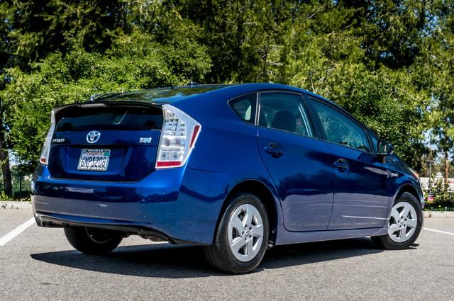 2010 Toyota Prius II - AUTO - 86K MILES - 1-OWNER Reseda, CA 9