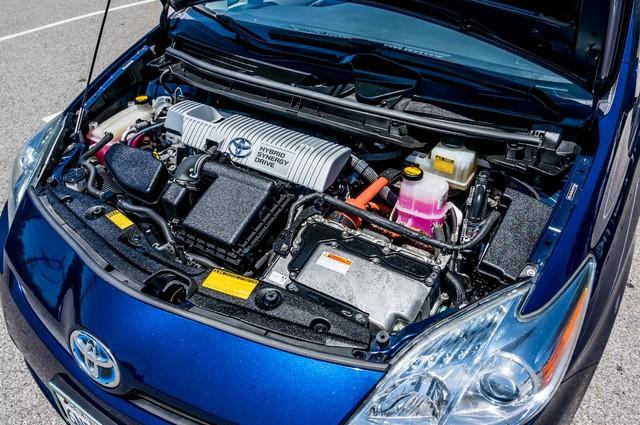 2010 Toyota Prius II - AUTO - 86K MILES - 1-OWNER Reseda, CA 22