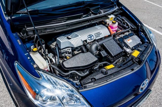 2010 Toyota Prius II - AUTO - 86K MILES - 1-OWNER Reseda, CA 33
