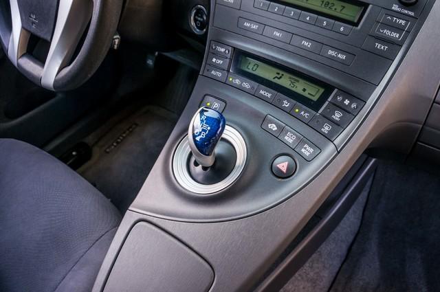 2010 Toyota Prius II - AUTO - 86K MILES - 1-OWNER Reseda, CA 25