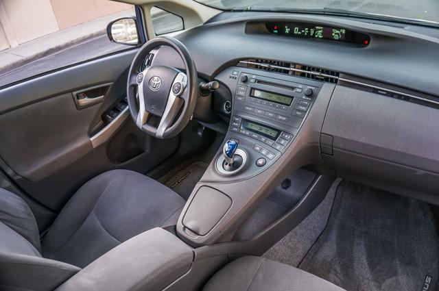 2010 Toyota Prius II - AUTO - 86K MILES - 1-OWNER Reseda, CA 31