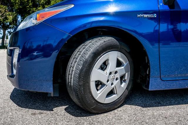 2010 Toyota Prius II - AUTO - 86K MILES - 1-OWNER Reseda, CA 12
