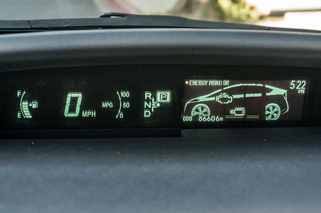 2010 Toyota Prius II - AUTO - 86K MILES - 1-OWNER Reseda, CA 15