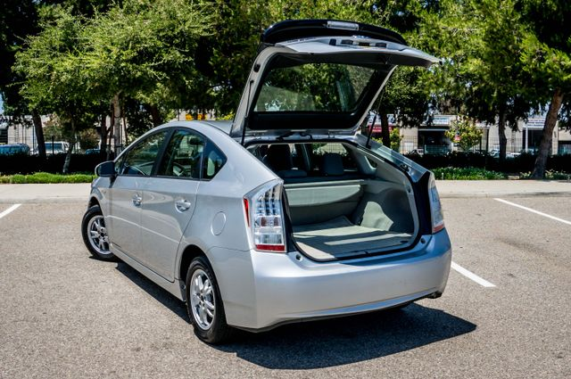 2010 Toyota Prius II - AUTO - CD PLAYER - ALLOY WHLS Reseda, CA 10