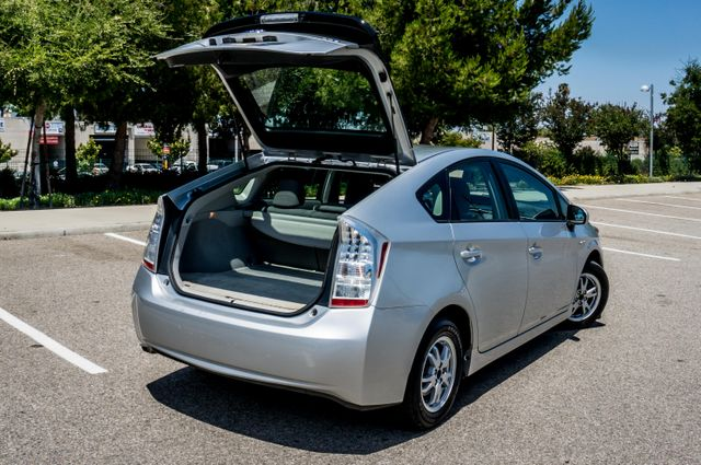 2010 Toyota Prius II - AUTO - CD PLAYER - ALLOY WHLS Reseda, CA 11
