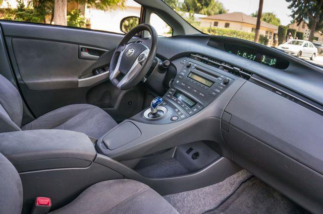 2010 Toyota Prius II - AUTO - CD PLAYER - ALLOY WHLS Reseda, CA 29