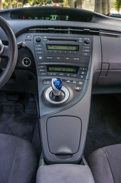 2010 Toyota Prius II - AUTO - CD PLAYER - ALLOY WHLS Reseda, CA 21