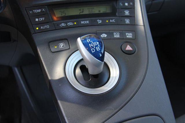 2010 Toyota Prius III Santa Clarita, CA 25