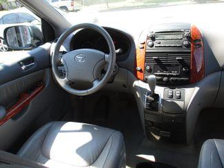 2010 Toyota Sienna XLE Milwaukee, Wisconsin 12