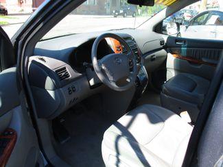 2010 Toyota Sienna XLE Milwaukee, Wisconsin 6
