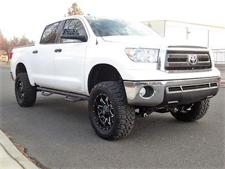 "2010 Toyota Tundra 6"" Lift New Tires Only 62k Miles Crew Max Bend, Oregon 1"