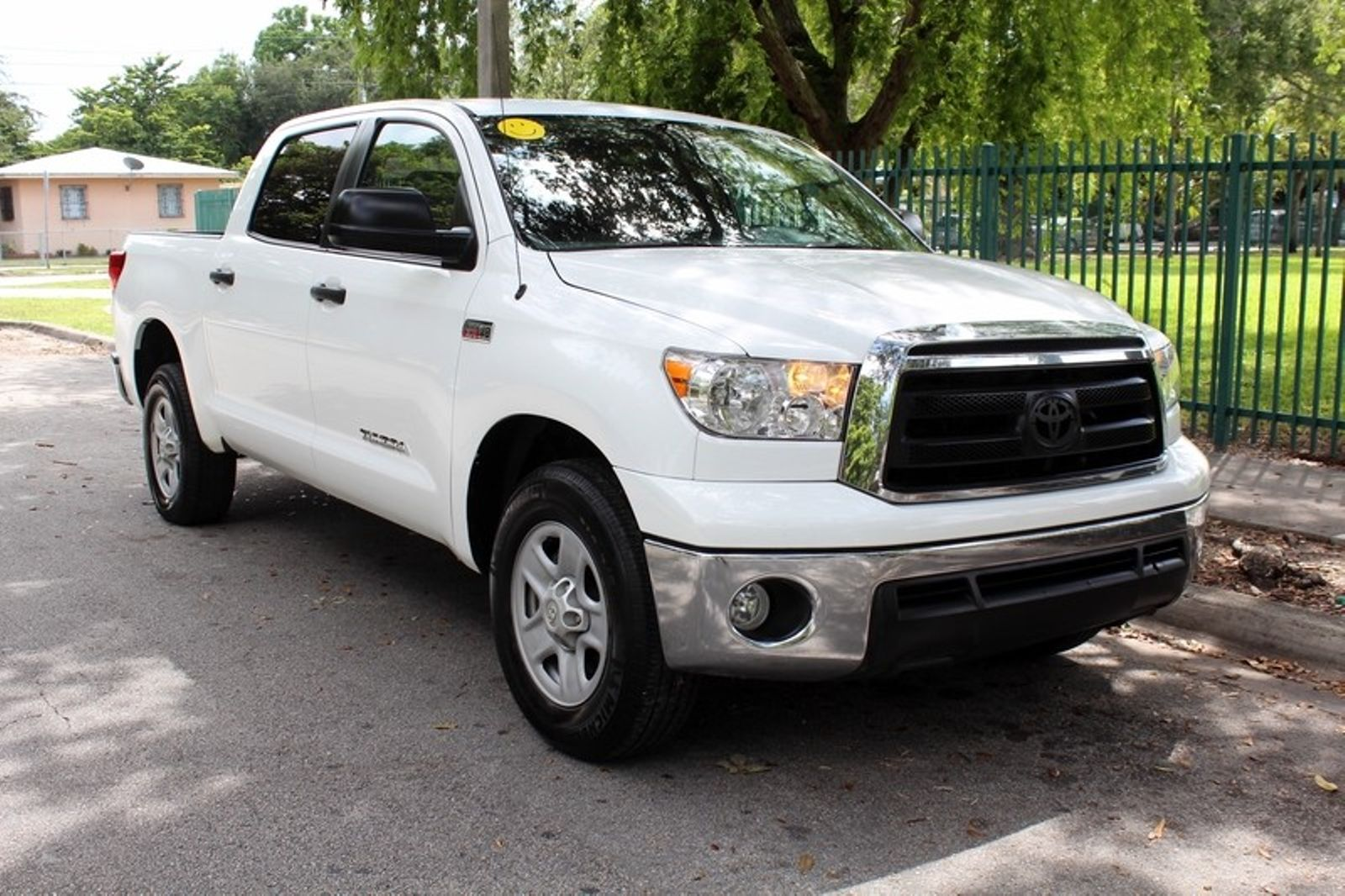 2010 toyota tundra crewmax sr5 city florida the motor group. Black Bedroom Furniture Sets. Home Design Ideas