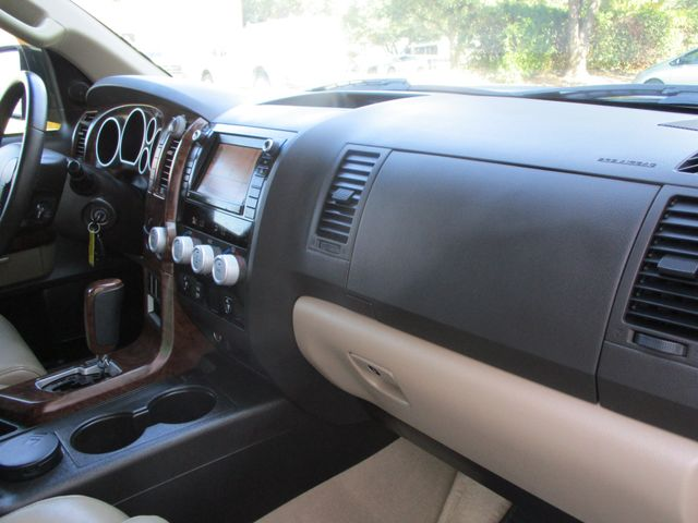 2010 Toyota Tundra LTD Crew Max 4x4 Plano, Texas 20