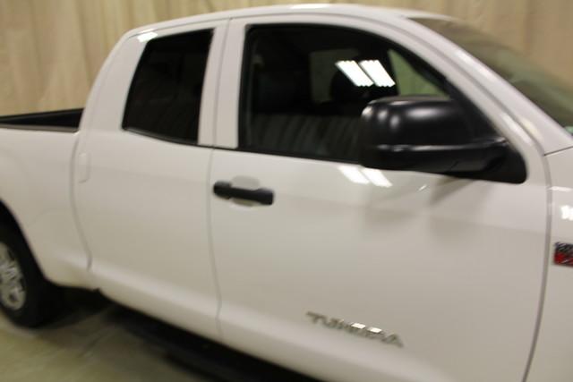 2010 Toyota Tundra Roscoe, Illinois 10