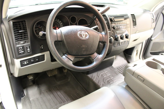 2010 Toyota Tundra Roscoe, Illinois 13