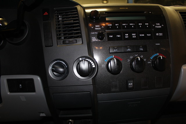 2010 Toyota Tundra Roscoe, Illinois 16