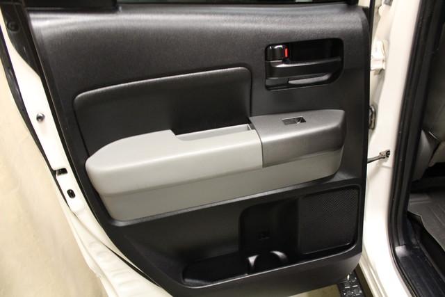2010 Toyota Tundra Roscoe, Illinois 25