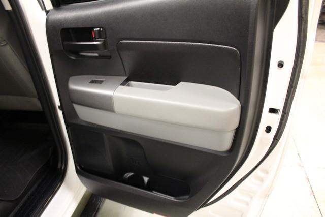 2010 Toyota Tundra Roscoe, Illinois 26