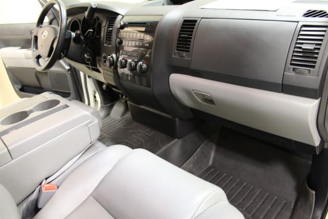 2010 Toyota Tundra Roscoe, Illinois 14