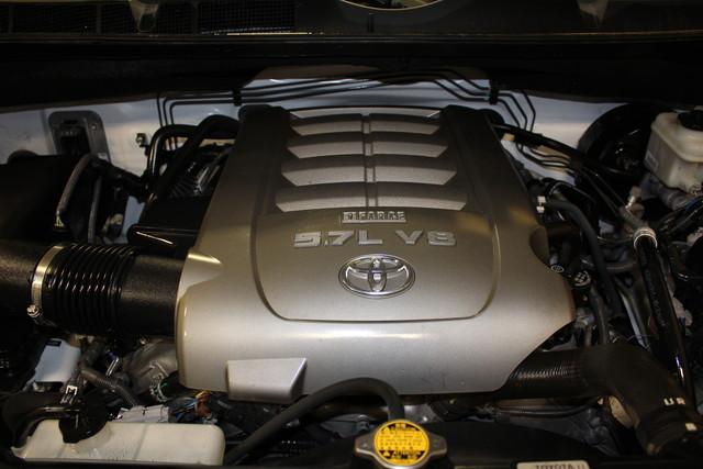 2010 Toyota Tundra Roscoe, Illinois 32