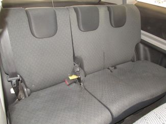 2010 Toyota Yaris Gardena, California 12