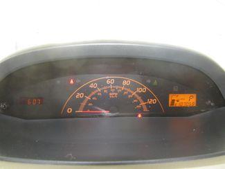 2010 Toyota Yaris Gardena, California 5