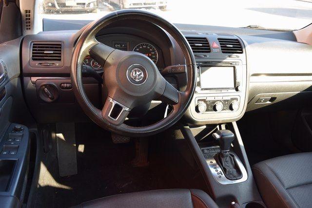 2010 Volkswagen Jetta SE Richmond Hill, New York 11