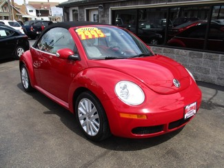 2010 Volkswagen New Beetle Milwaukee, Wisconsin