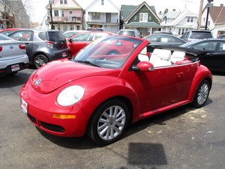 2010 Volkswagen New Beetle Milwaukee, Wisconsin 8