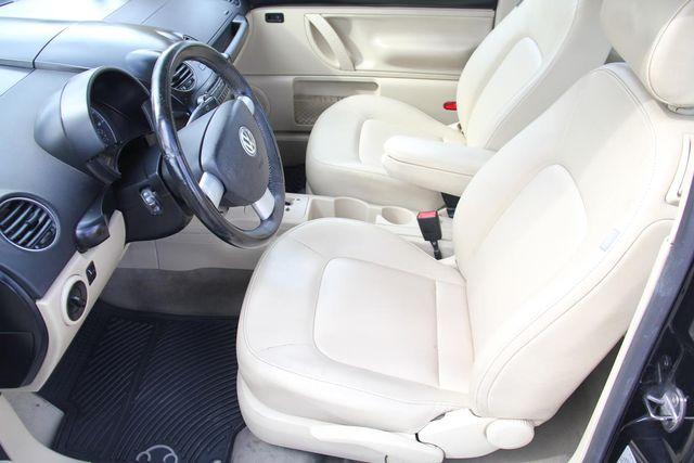 2010 Volkswagen New Beetle Santa Clarita, CA 12